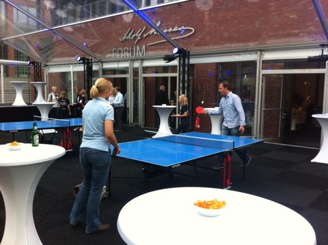 tischtennisplatte mieten tischtennisplatte leihen tischtennisplatte kaufen d sseldorf k ln. Black Bedroom Furniture Sets. Home Design Ideas