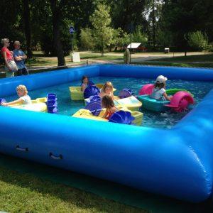Paddelboote Pool