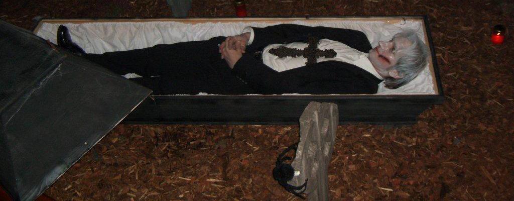 Halloween Friedhof Szenario